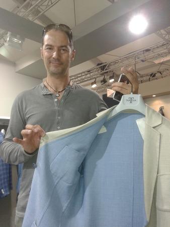 Модный блогер pokupkalux встретился с Пьеро Тардиа на Pitti Uomo 88
