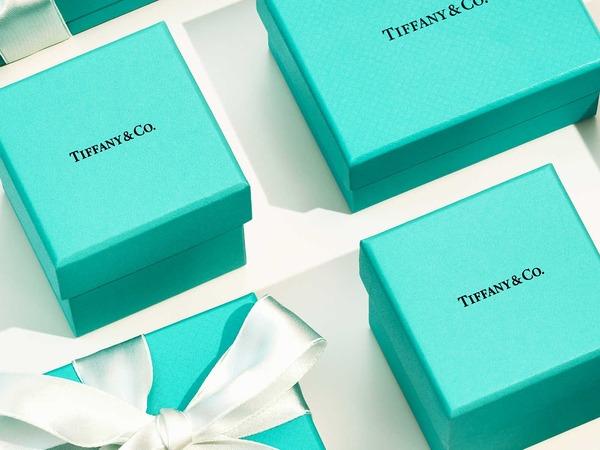 Холдинг LVMH продолжает вести переговоры о покупке Tiffany&Co.