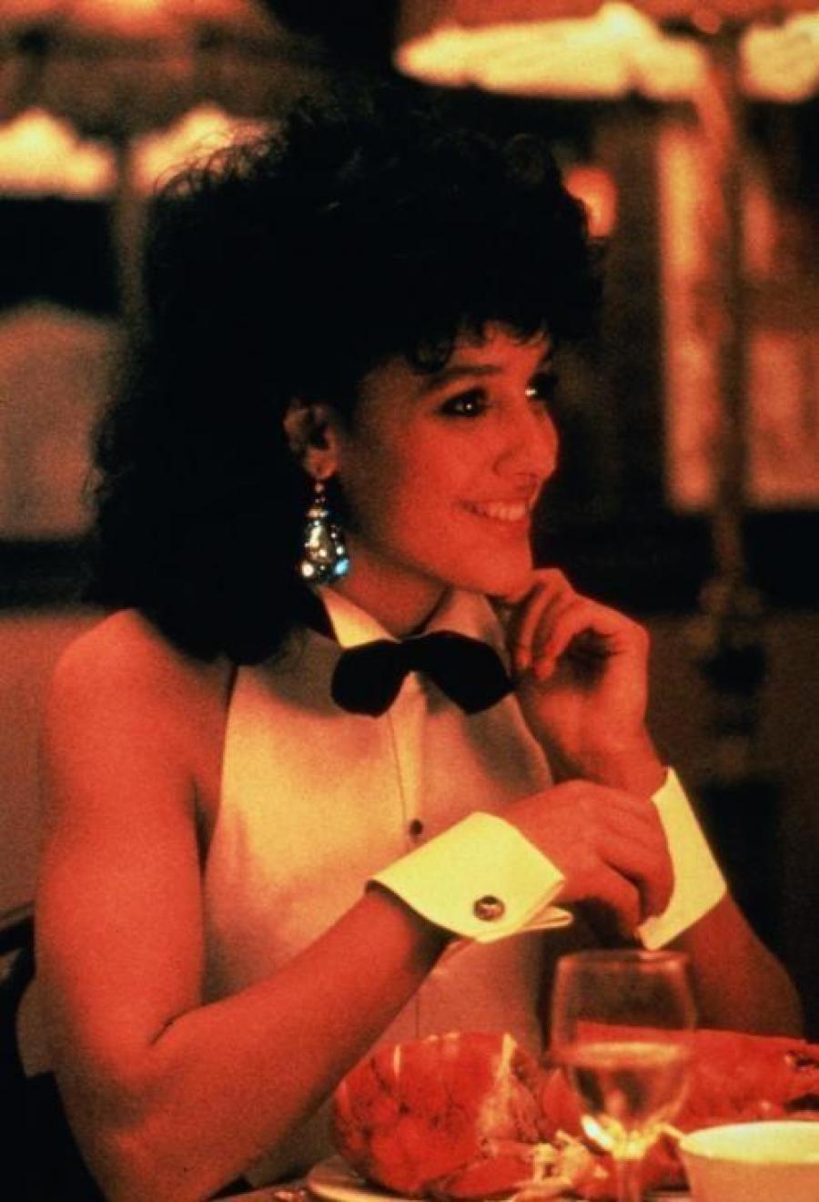 Видео Картинки кадри из фильма танец матылька Жаннка закидывает