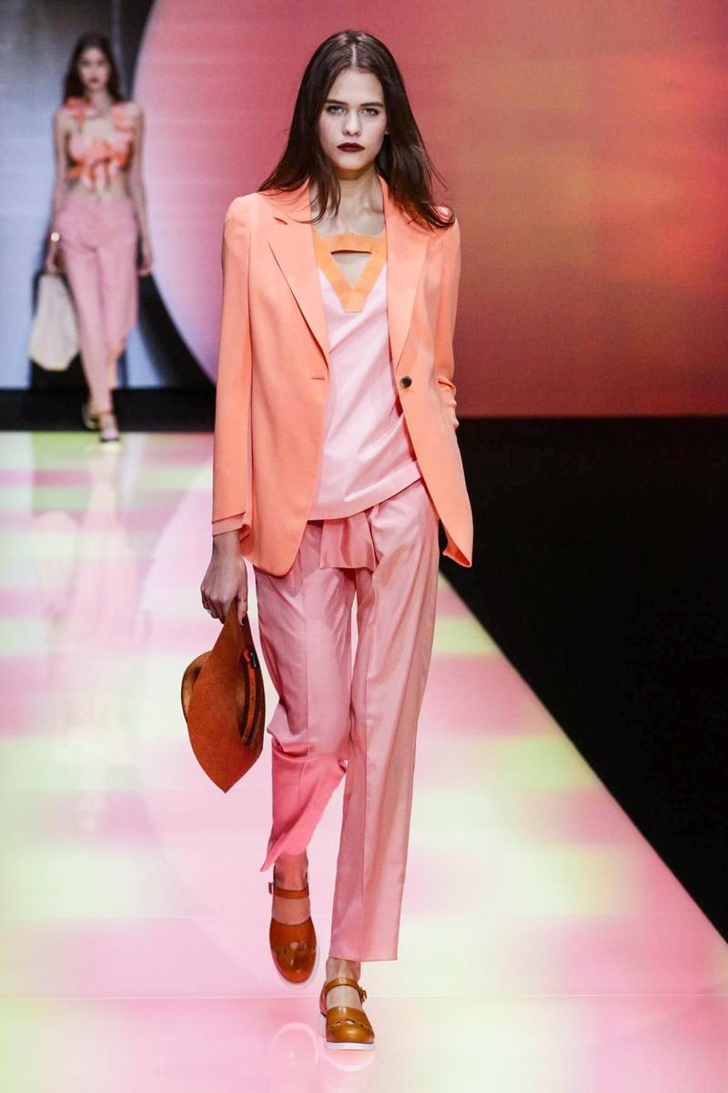 Купить женские сумки Armani Jeans в интернет-магазине
