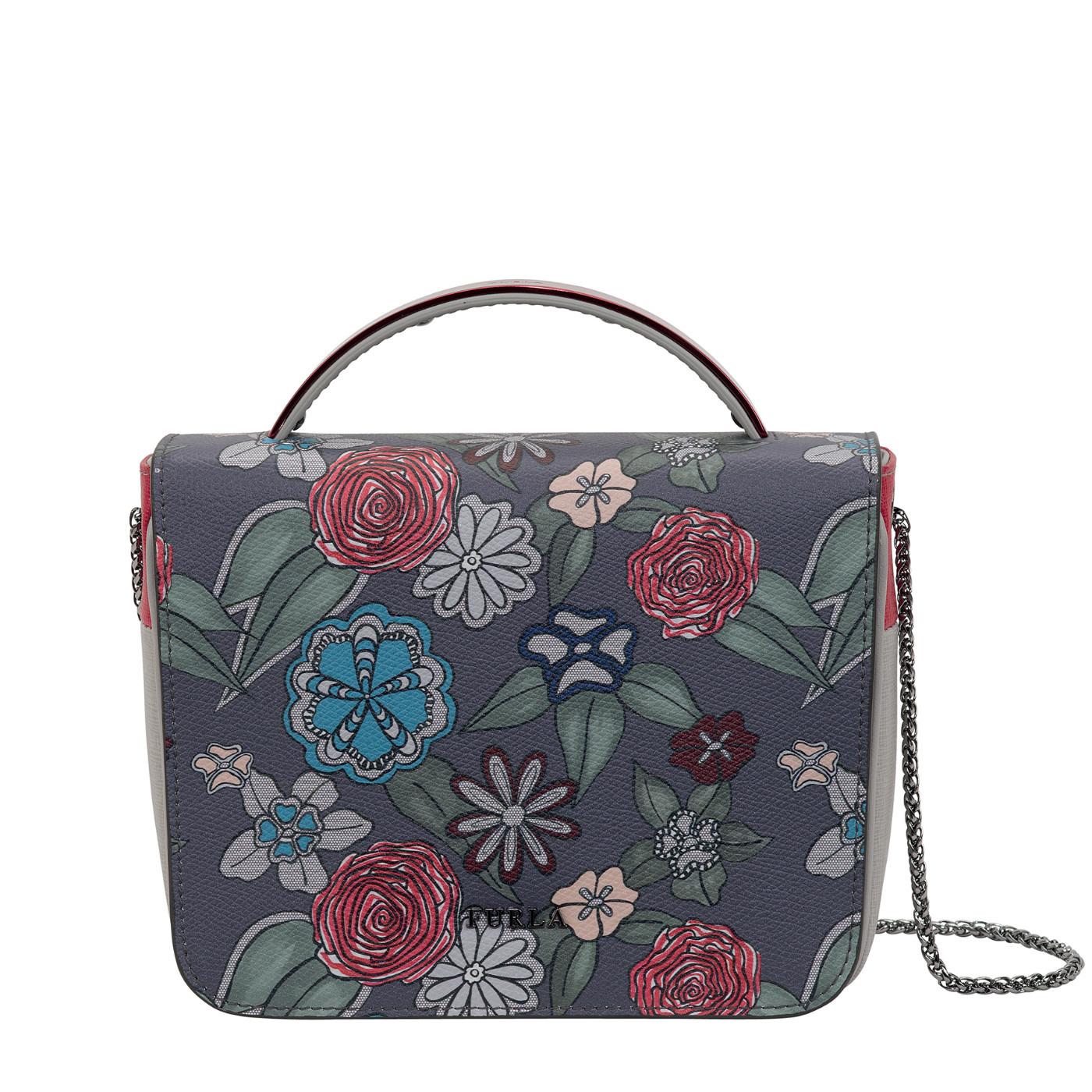В моде ли сумки furla