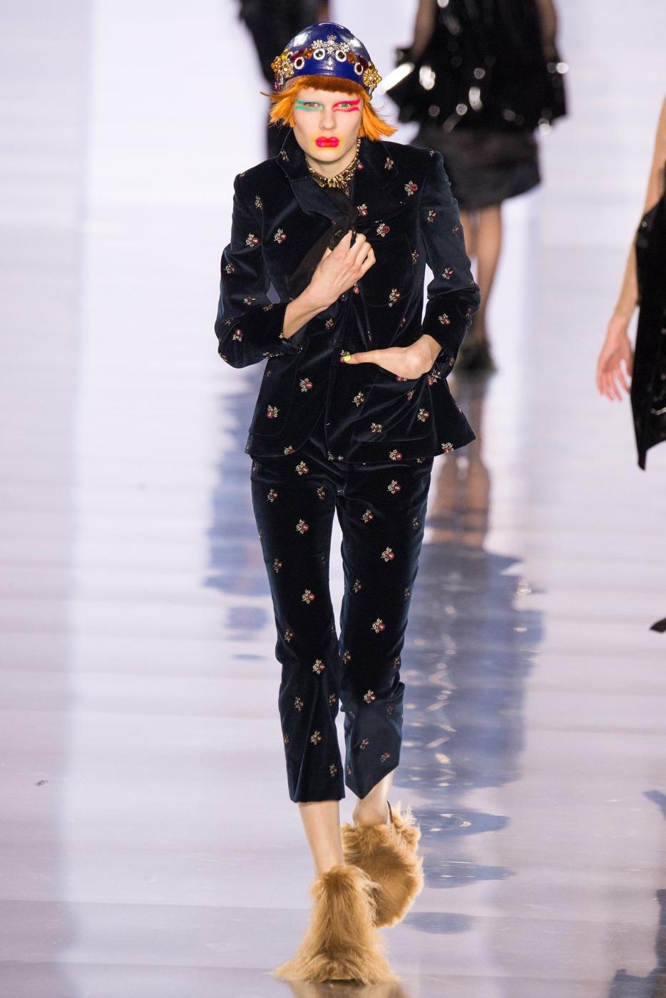 Paris fashion week live