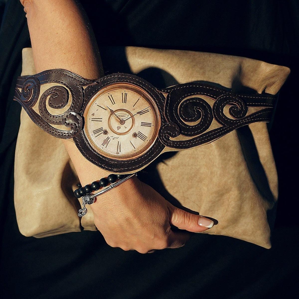 Женские часы своими руками