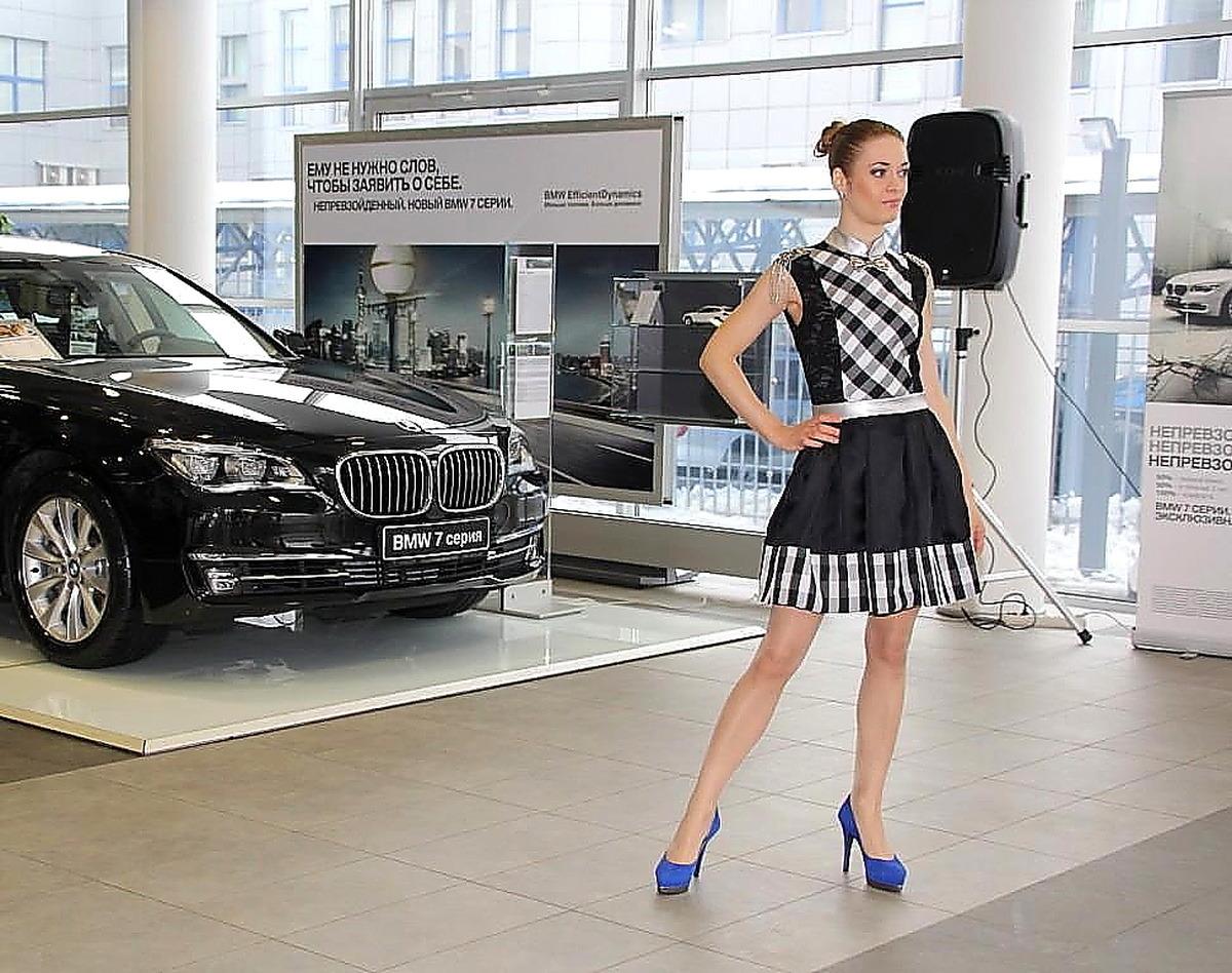 16 февраля в официальном дилерском центре BMW «Азимут СП» на протяжении  всего дня ... f9db77079e8