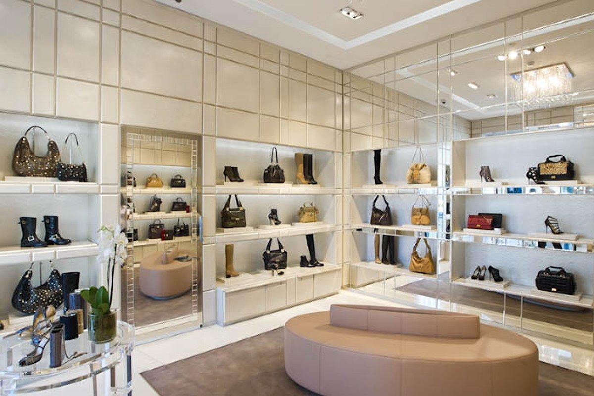 Butik-Room магазин брендовых и модных аксессуаров