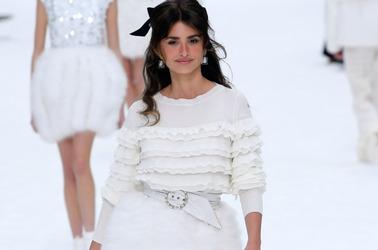 Неделя моды в Париже: Chanel. Осень, 2019