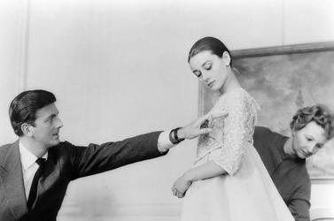 В Швейцарии проходит выставка, посвящённая Одри Хепбёрн и Юберу де Живанши