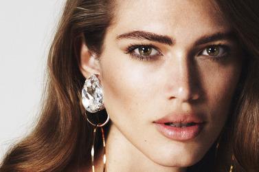 Первая обложка Vogue Paris с трансгендерной моделью