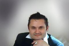 Алекандр Васильев - историк моды.