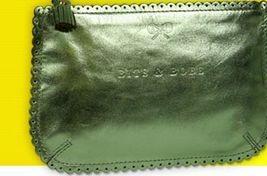 металлик-кожа, Anya Hindmarch Loose Pockets, $125.