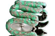 Модные часы нового 2013 года