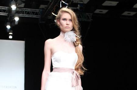 Показ Diana Pavlovskaya на Mercedes-Benz Fashion Week