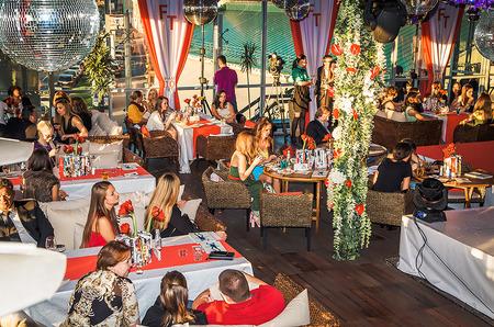 FashionTime.ru 10 лет: праздничный вечер в зазеркалье.