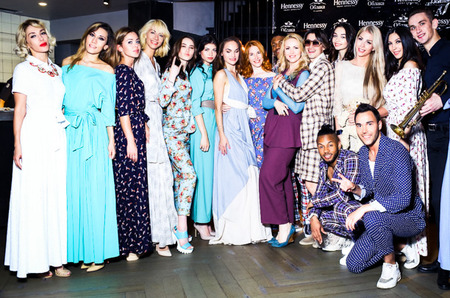 Полный fashion с Катей Гусевой: показ круизной коллекции Vadim Merlis