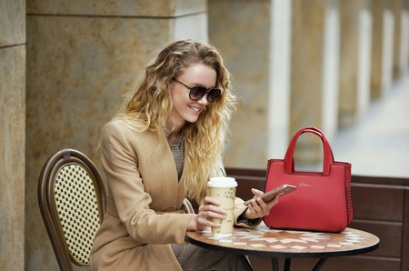 """""""Вневременная мода"""": Sabellino представил новую коллекцию сумок """"Hard cover"""""""