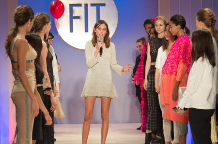 Alexa Chung, Calvin Klein и FIT приветствуют будущее моды