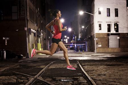 Кроссовки Nike Free – естественность движений.