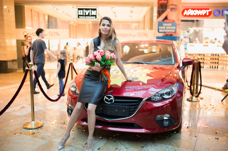 Виктория Боня вручила ключи от трех автомобилей победителям нового реалити-шоу