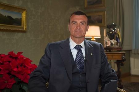 Дом Giorgio Armani остается без генерального директора