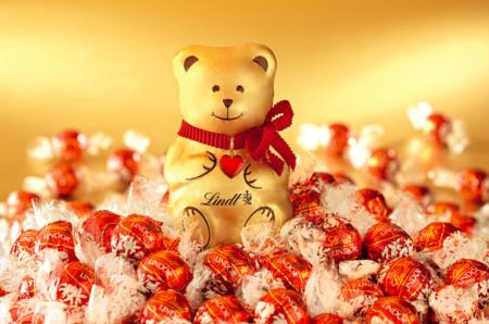 Шоколадный медвежонок от Lindt