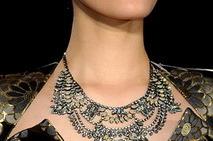 Аксессуары для вечернего платья: искусство создания незабываемого образа