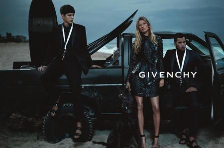 Дом моды Givenchy пропустит две Недели моды
