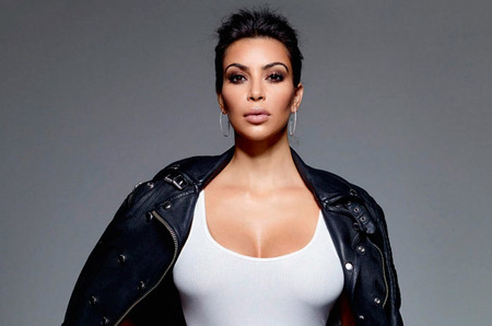Ким Кардашьян считает себя феминисткой