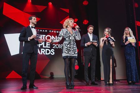 Самые модные звезды названы! В Москве вручили премию Fashion People Awards