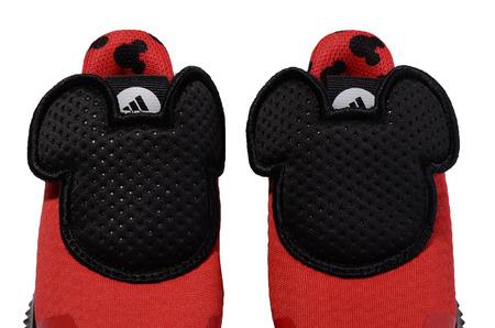 Новинки в STREET BEAT KIDS: кроссовки для малышей  adidas Originals FortaRun Mickey
