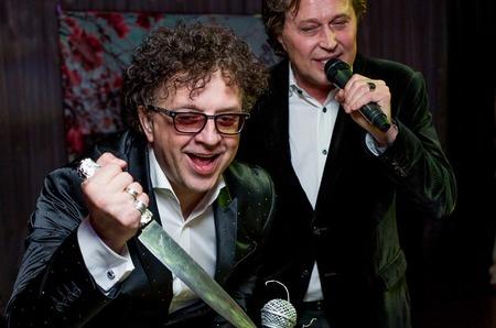 Рома Жуков отметил двойной юбилей и презентовал дуэтную песню с Анастасией Волочковой!