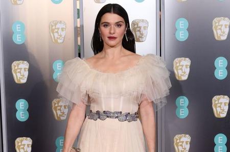 Лучшие наряды красной дорожки BAFTA Film Awards 2019