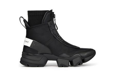 Первые кроссовки Клэр Уэйт Келлер для Givenchy