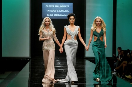 Показ Olga Ibragimova, Olesya Malinskaya, Tatiana V. Lyalina на Неделе Моды в Москве
