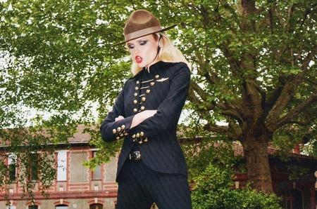 «Служебный» роман в сентябрьском Vogue Paris