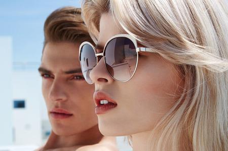 Стиль высокой моды, наполненный оригинальностью и цветом в новой коллекции солнцезащитных очков Christian Lacroix