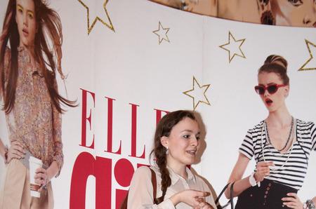 Модники переходят от Street Fashion к Street English
