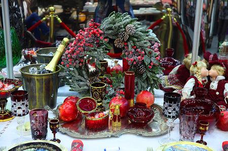 Картинки с выставки или рождественский художественный проект «Блошиный рынок» на Тишинке