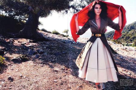Греческая история Марины Линчук в Vogue Germany