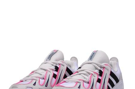 Новинки в STREET BEAT: кроссовки adidas Originals EQT Gazelle