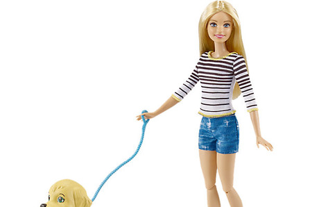 Barbie® игровой набор «Прогулка с питомцем».