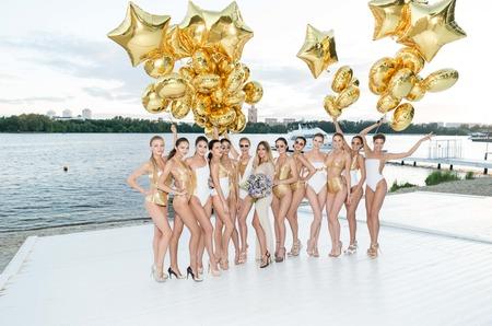 «Golden Summer Party»: Звезды поприветствовали лето и оценили эксклюзивную коллекцию купальников EMIVI for IMEDEEN