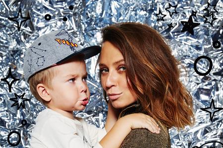 H&M запускает звездных детей в космос. Новый фотопроект H&M Studio Kids.