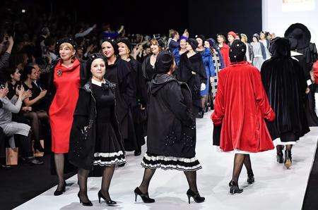 c7b9989b6863 23 марта в Гостином дворе завершился третий день 37-й «Недели моды в Москве.  Сделано в России», которая проводится Ассоциацией Высокой моды и  Прет-а-порте ...