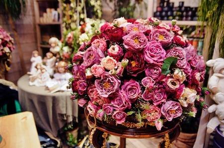 Цветы в интерьере: освежаем и создаем уют в доме