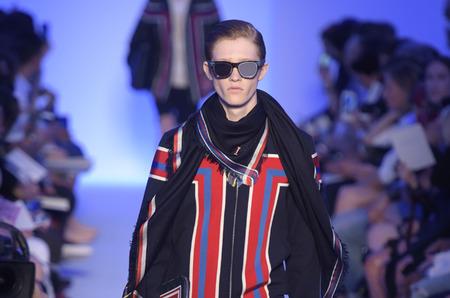 Неделя мужской моды в Париже. Louis Vuitton. Весна-лето 2016