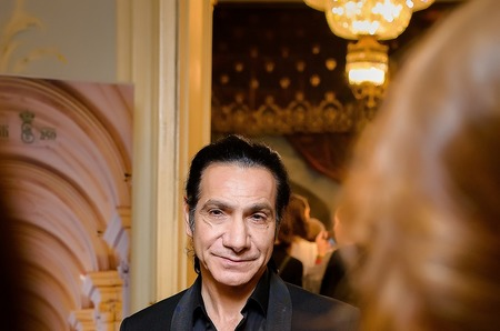 Французский режиссер Режис Обадиа представил в России новую постановку спектакля «Жар-птица».