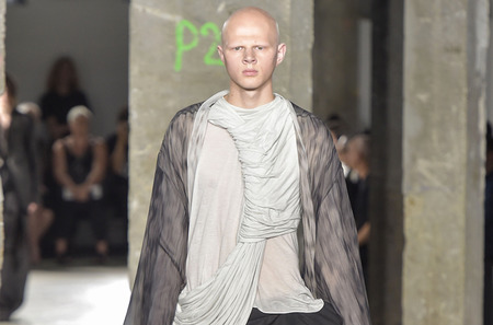Неделя мужской моды в Париже: Rick Owens. Весна-лето, 2017