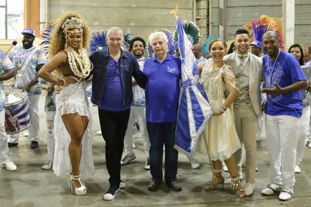 Жан-Поль Готье оденет участников карнавала в Рио-де-Жанейро