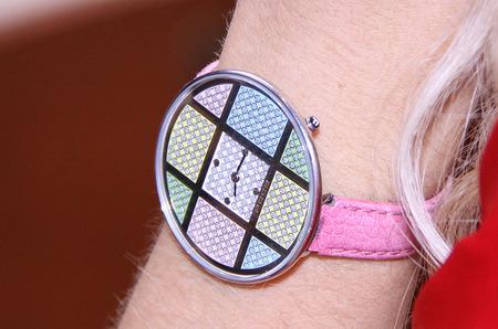 Часы FOCE на посетительнице Российской недели моды