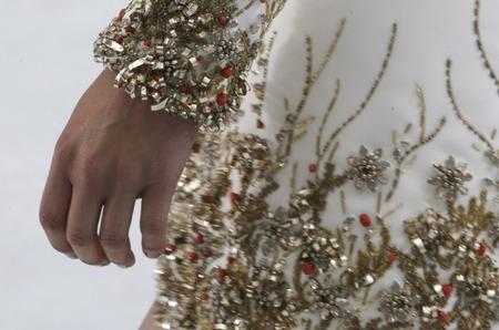 Коллекция   Chanel  Haute Couture осень 2014: детали крупным планом